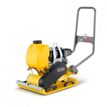 "Wacker Neuson VP2050AW Single-Direction Plate Compactor with 20"" wide plate, 4.8 HP Honda GX-160 Gas Engine & Water Tank. 5100029050"
